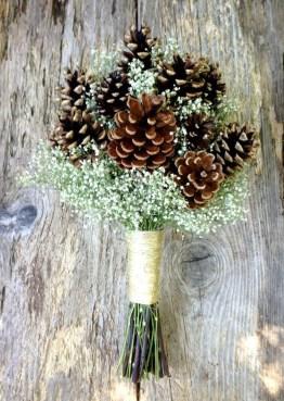 Modern Rustic Winter Wedding Flowers Ideas32