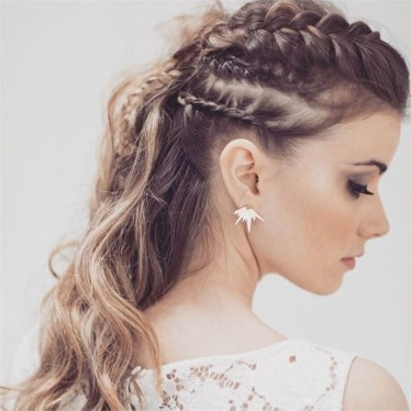 Popular Christmas Half Updos Ideas41