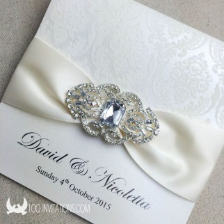 Popular Winter Wonderland Wedding Invitations Ideas22