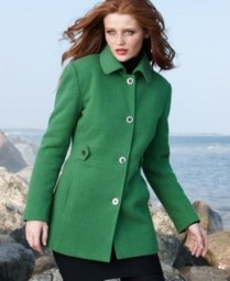 Stylish Emerald Coats Ideas For Winter01