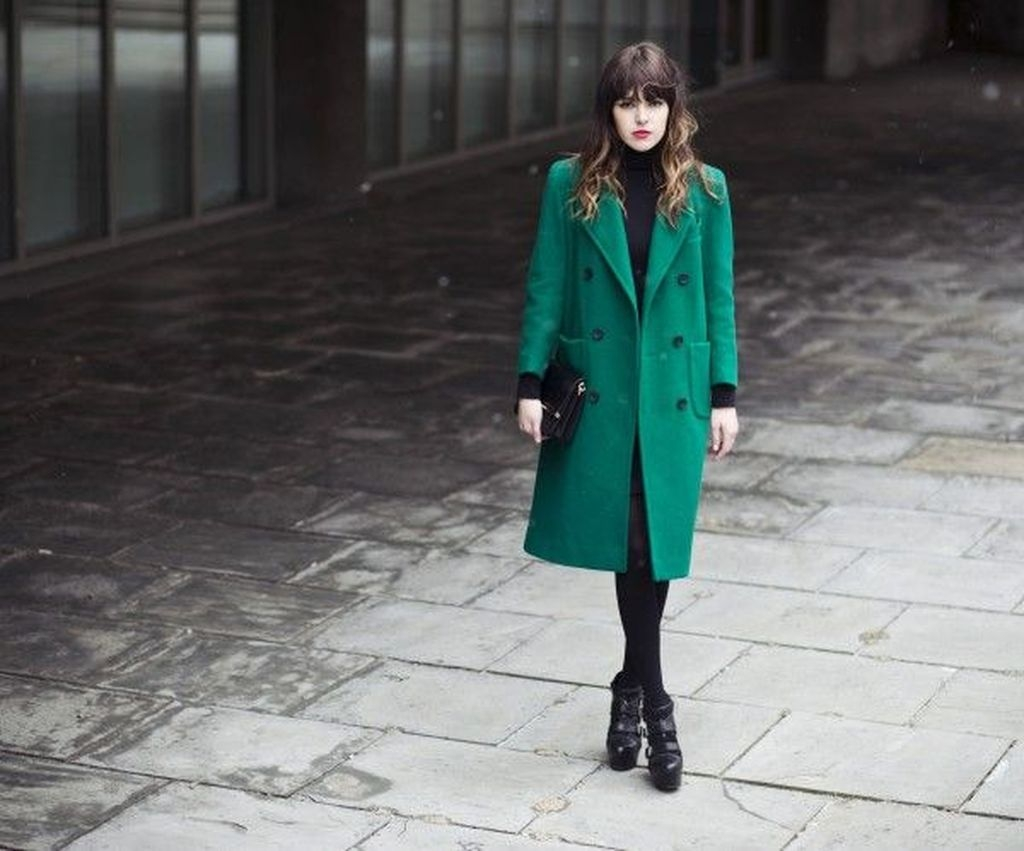 Stylish Emerald Coats Ideas For Winter04