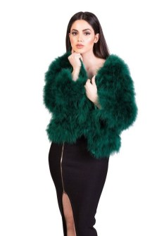 Stylish Emerald Coats Ideas For Winter29