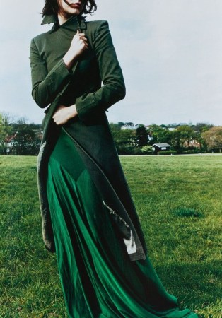 Stylish Emerald Coats Ideas For Winter33