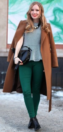 Stylish Emerald Coats Ideas For Winter42
