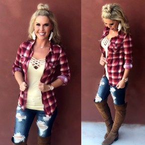 Adorable Winter Outfits Ideas With Jeans19