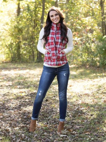 Adorable Winter Outfits Ideas With Jeans28