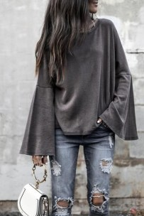 Adorable Winter Outfits Ideas With Jeans33