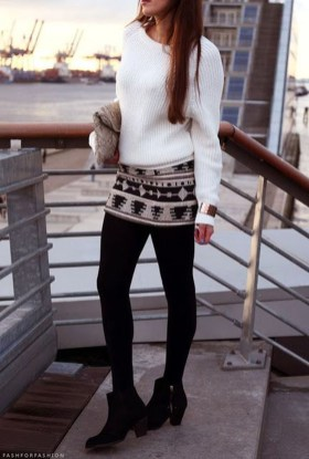 Affordable Winter Skirts Ideas With Tights09