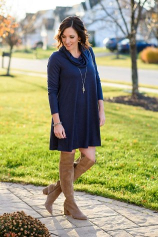 Amazing Winter Dresses Ideas With Boots12
