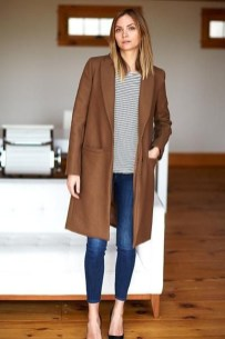 Classy Winter Outfits Ideas For School30