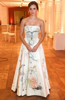 Elegant Wedding Dress Ideas For Valentines Day01
