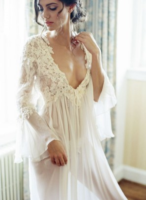 Elegant Wedding Dress Ideas For Valentines Day08