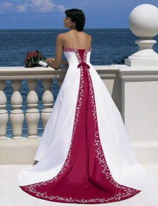 Elegant Wedding Dress Ideas For Valentines Day15