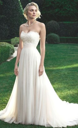 Elegant Wedding Dress Ideas For Valentines Day17