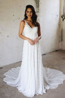 Elegant Wedding Dress Ideas For Valentines Day19