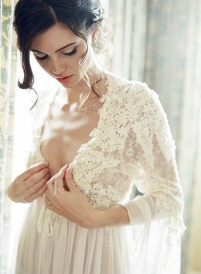 Elegant Wedding Dress Ideas For Valentines Day39