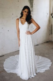 Elegant Wedding Dress Ideas For Valentines Day43