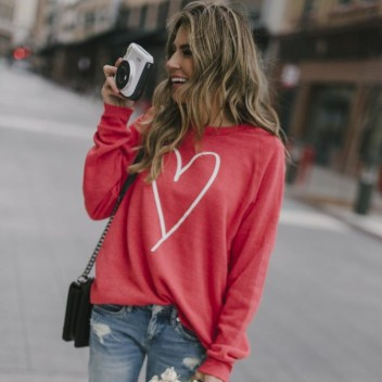 Inpiring Outfits Ideas For Valentines Day43
