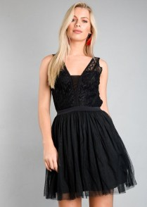 Perfect Black Mini Little Dress Ideas For Valentines Day29