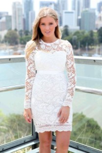 Perfect Winter White Dresses Ideas With Sleeves10