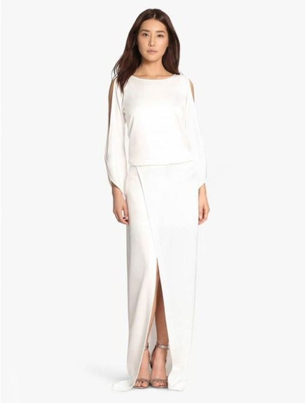 Perfect Winter White Dresses Ideas With Sleeves42
