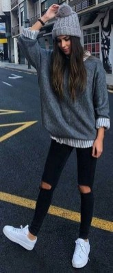 Simple Winter Outfits Ideas For School17