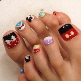 Stunning Toe Nail Designs Ideas For Winter11
