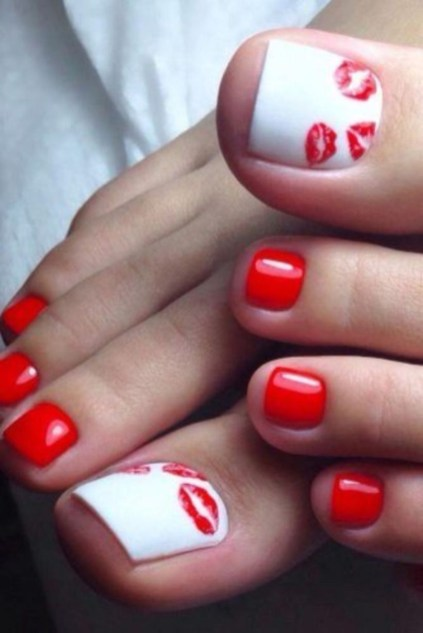 Stunning Toe Nail Designs Ideas For Winter19