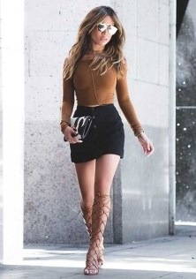 Stunning Winter Outfits Ideas With Skirts10