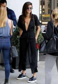 Adorable Black Romper Outfit Ideas03
