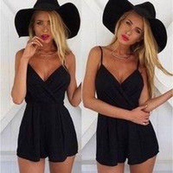 Adorable Black Romper Outfit Ideas15