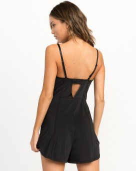 Adorable Black Romper Outfit Ideas18
