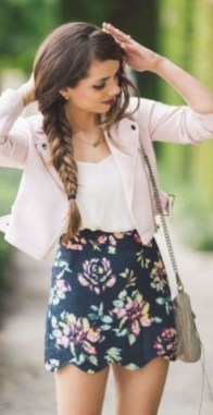 Beautiful Outfits Ideas To Wear This Spring05