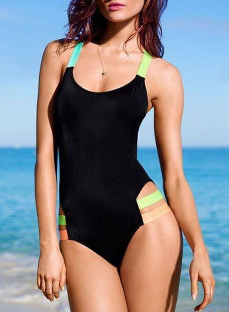 Best Swimwear Outfit Ideas For Women15