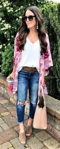 Captivating Spring Outfit Ideas17