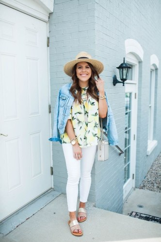 Captivating Spring Outfit Ideas39