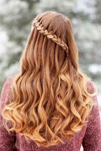 Charming Hairstyles Ideas For Long Hair11