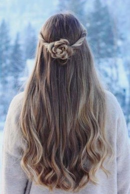 Charming Hairstyles Ideas For Long Hair24