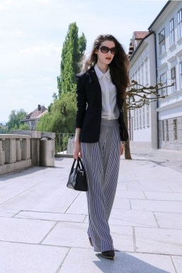 Charming Spring Outfits Ideas For 201912