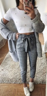 Charming Spring Outfits Ideas For 201931