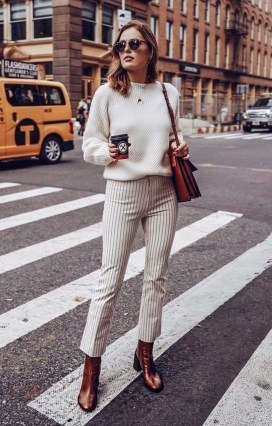 Cool Street Style Outfits Ideas06