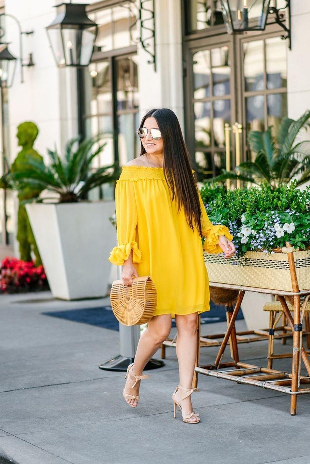 dbc5fc2322f760 39 Cute Yellow Outfit Ideas For Spring - ADDICFASHION