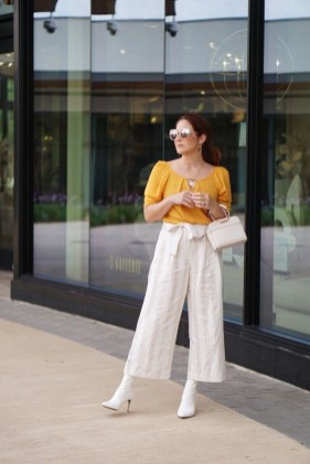 Cute Yellow Outfit Ideas For Spring36