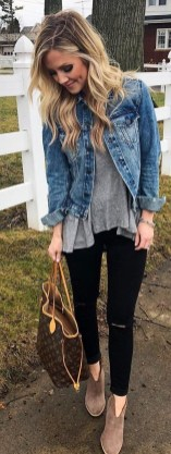 Delicate Spring Outfit Ideas To Copy28