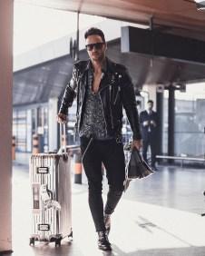 Elegant Black Outfits Ideas21