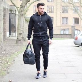 Elegant Black Outfits Ideas26