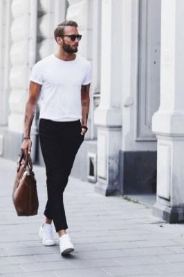 Elegant Black Outfits Ideas33