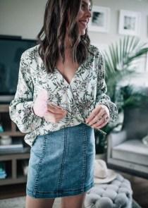 Elegant Denim Skirts Outfits Ideas For Spring20