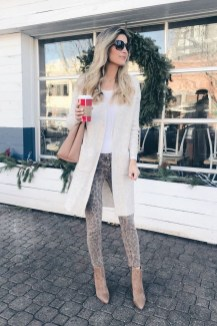 Impressive Holiday Outfits Ideas13