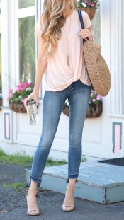 Latest Jeans Outfits Ideas For Spring03